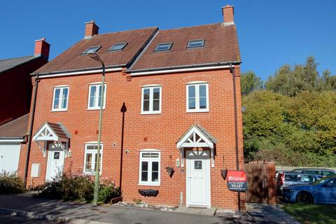 3 bedroom semi-detached house to rent - Charlton Drive, Petersfield