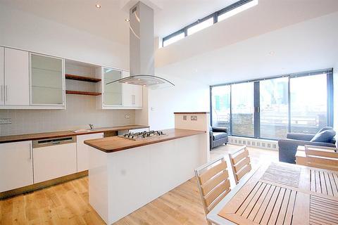 2 bedroom penthouse to rent - Saxon House, London, E1