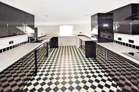 4 bedroom apartment to rent - South Western House, Oxford Street, Southampton, SO14 3AL