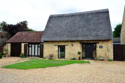 2 bedroom cottage for sale - The Courtyard, Werrington, Peterborough