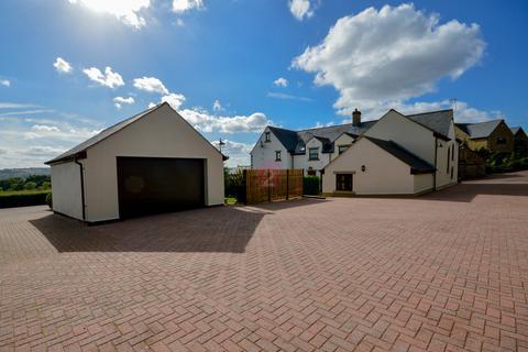 3 bedroom semi-detached house for sale - The Farm House, High Lane Farm, High Lane, Ridgeway, S12