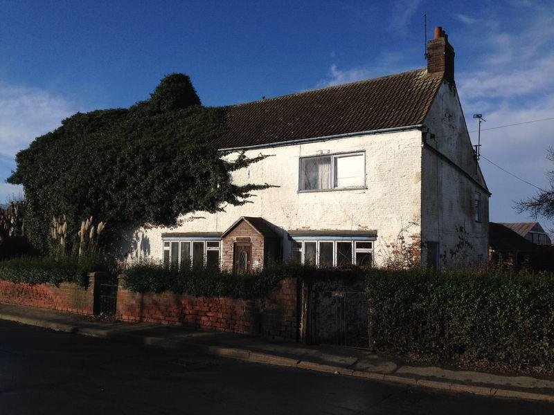 4 Bedrooms Detached House for sale in Main Street, Althorpe