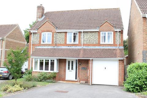5 bedroom detached house for sale - Aldbourne Close, Hungerford RG17