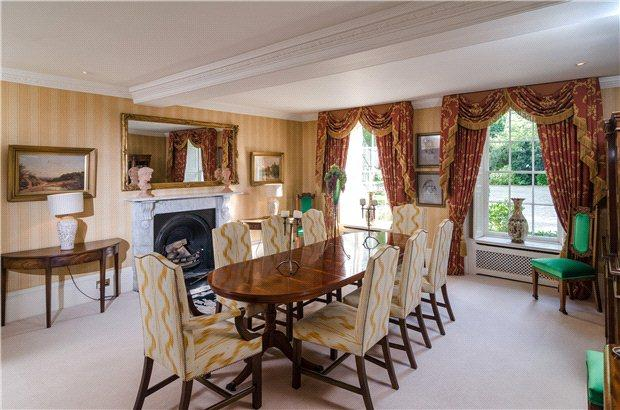 Leigh road holt trowbridge wiltshire 9 bed detached for The dining room leigh