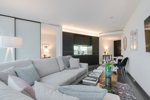 1 bedroom flat for sale - St George Wharf, London. SW8