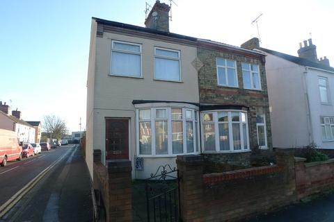 3 bedroom semi-detached house to rent - Garton End Rd, Peterborough, Cambridgeshire. PE1 4EJ