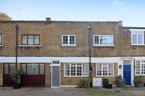 2 bedroom mews to rent - Northwick Mews, St Johns Wood