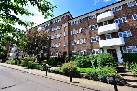 3 bedroom apartment for sale - Courtlands, Sheen Road, Richmond, TW10