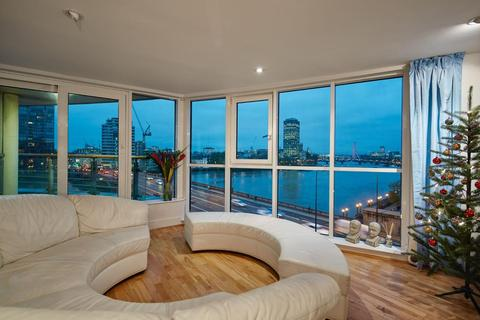 3 bedroom flat to rent - ST GEORGES WHARF, SW8
