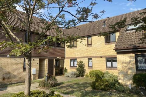 2 bedroom flat to rent - THE PADDOCKS, MARTLESHAM HEATH