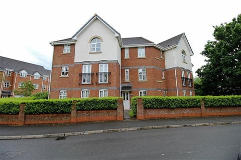 2 bedroom apartment to rent - Cromwell Avenue, Stockport