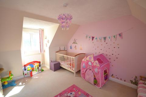 4 bedroom detached house for sale - 36 Lon Pendyffryn