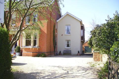 1 bedroom flat to rent - Moorend Park Road, Cheltenham