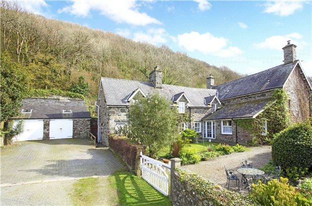 6 Bedrooms Detached House for sale in Rhoslefain, Rhoslefain, Tywyn, Gwynydd
