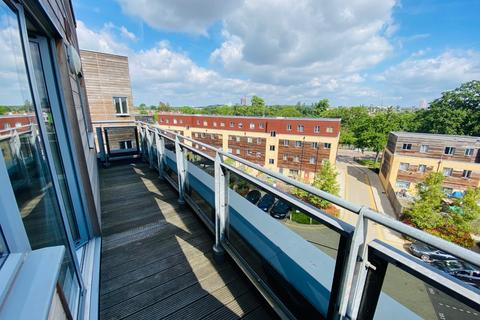 1 bedroom flat to rent - Coral House, Lapis Close, Park Royal, London, NW10