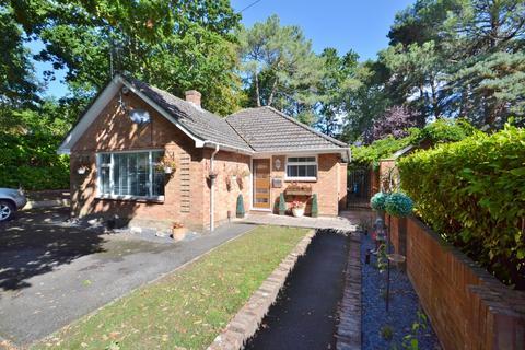 2 bedroom bungalow for sale - Broadstone