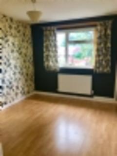 2 bedroom maisonette to rent - Vicarage Close