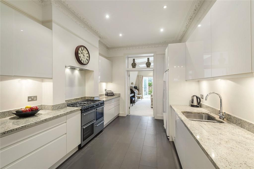 5 Bedrooms House for sale in Whittingstall Road, Fulham, London
