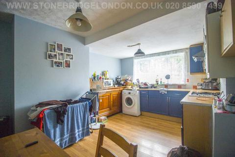 1 bedroom flat for sale - Thorold Road, Ilford, IG1