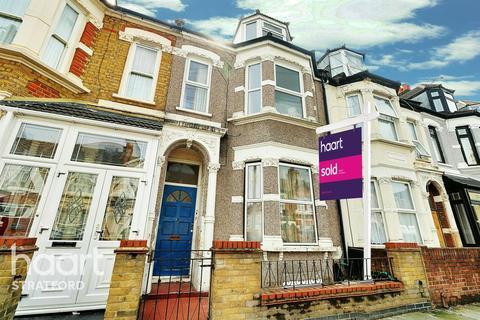 3 bedroom flat for sale - DUNBAR ROAD, FOREST GATE, LONDON, E7