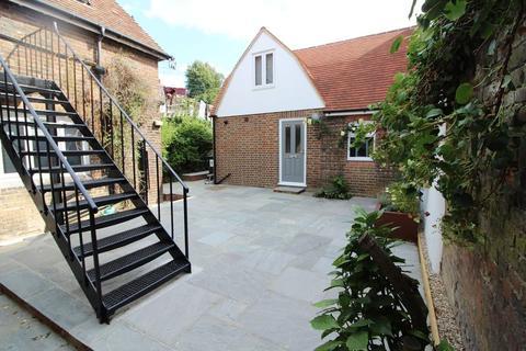 1 bedroom apartment to rent - Shipbourne Road, Tonbridge