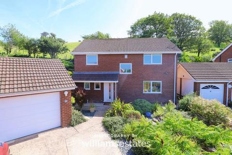 4 bedroom detached house for sale - Clos Aberconway, Prestatyn