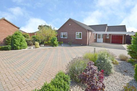 3 bedroom detached bungalow for sale - Nidus Gardens, Toftwood