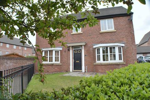 4 bedroom house to rent - Kestrel Close, Hyde