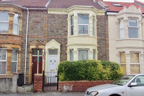 3 bedroom terraced house to rent - Victoria Parade, Bristol