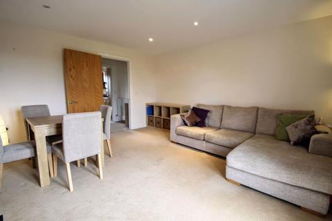 2 bedroom apartment to rent - Minori House, Lloyd George Avenue, Cardiff Bay