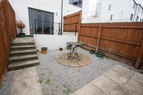 3 bedroom townhouse for sale - Ker Street, Plymouth