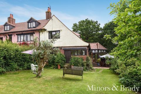 2 bedroom cottage for sale - Park Cottages, Wroxham Road, Rackheath