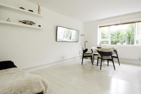 Studio to rent - Downing House, Cambridge Gardens, London, W10