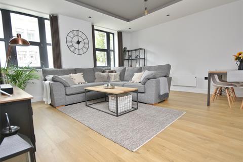 2 bedroom flat for sale - The Metropolitan, 3 Sandbanks Road, POOLE, Dorset