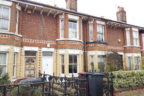 2 bedroom terraced house to rent - Milman Road, Reading