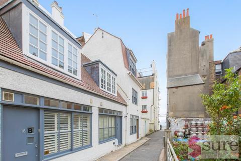 2 bedroom mews to rent - Marine Gardens, Brighton