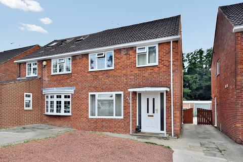 3 bedroom semi-detached house to rent - St Marys Drive, Pound Hill