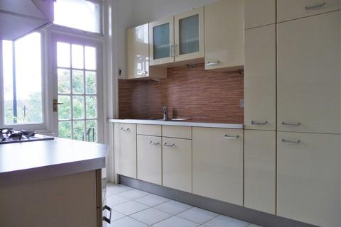 3 bedroom apartment to rent - The Drive