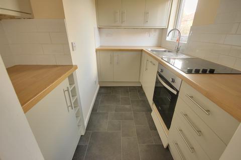 Studio to rent - Mallard Close, Beverley