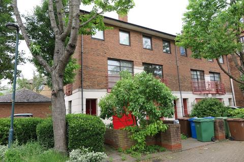1 bedroom in a house share to rent - Plover Way, Surrey Quays