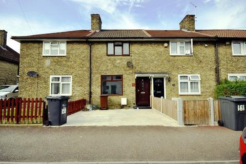 2 bedroom terraced house to rent - Blackborne Road, Dagenham