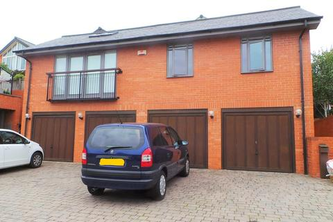 2 bedroom apartment - St Cuthberts Court, Lincoln