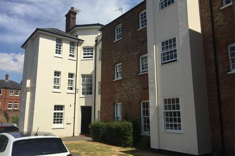 2 bedroom apartment to rent - Bell House, Headley Close, Alresford, Hampshire, SO24