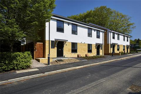 3 bedroom semi-detached house for sale - Station Approach, Medstead, Alton, Alton, Hampshire, GU34