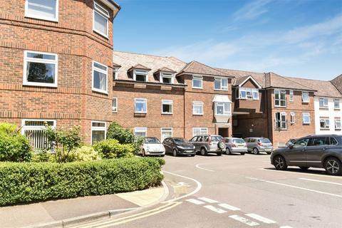 2 bedroom apartment for sale - Lady Place Court, Market Square, Alton, Hampshire, GU34