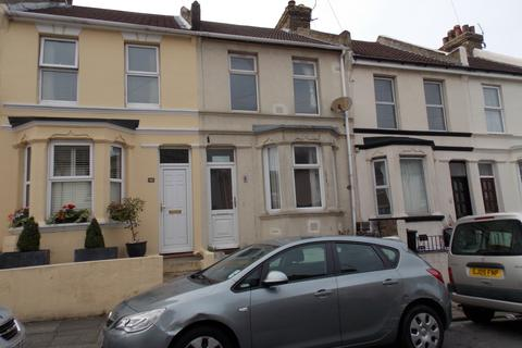 3 bedroom terraced house for sale - Holcombe Road, Rochester ME1