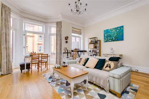 2 bedroom flat for sale - Rosary Gardens, London, SW7