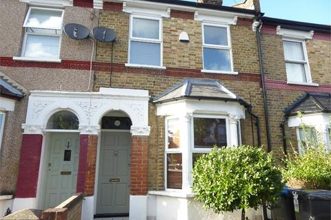 3 bedroom terraced house to rent - Ferndale Road, LONDON