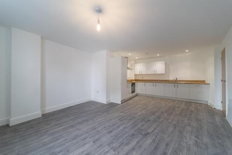 2 bedroom house to rent - Queens House, 105 Queens Street