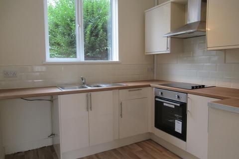 2 bedroom house to rent - Framlingham Road, Sheffield